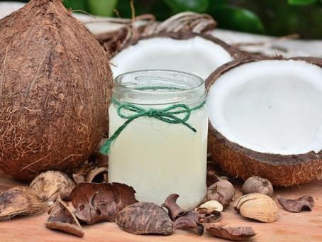 Ácidos graxos saturados - Dietas ricas em AGS podem aumentar o Colesterol.