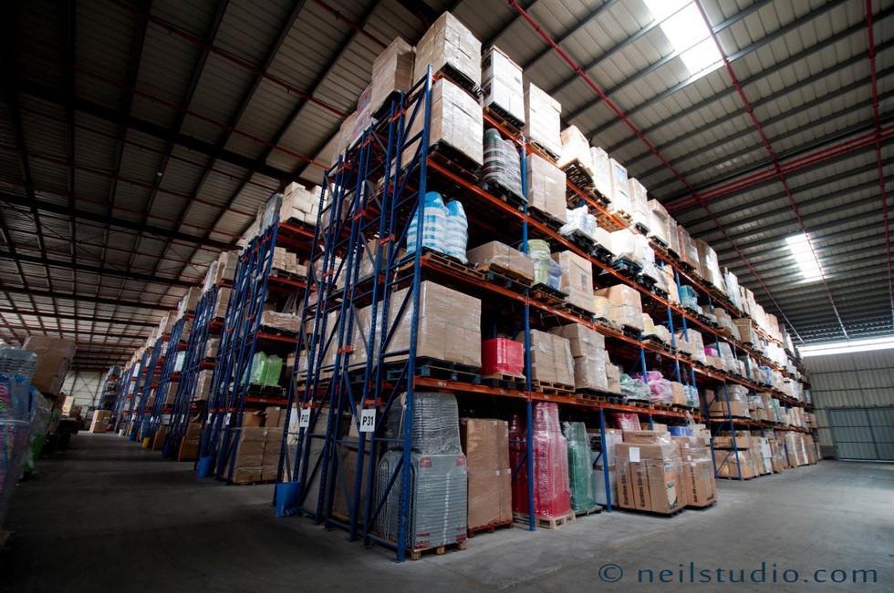 Storage Facility - מחסן