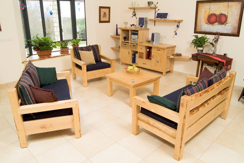 Wooden Lounge