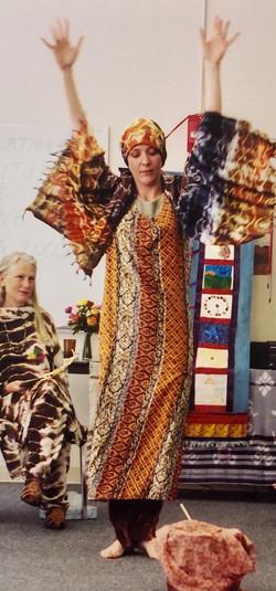 Snake charmer dance, 2002