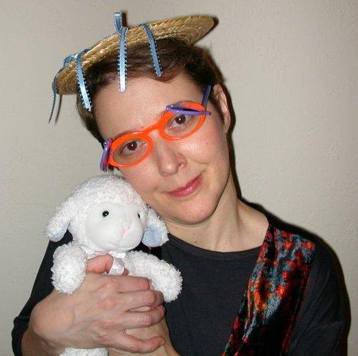 MeeMee HeeHee and the lamb, 2004