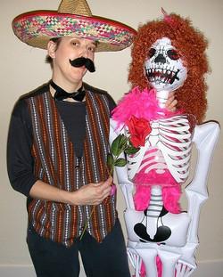 Senor HeeHee & Ms. Bones, 2004