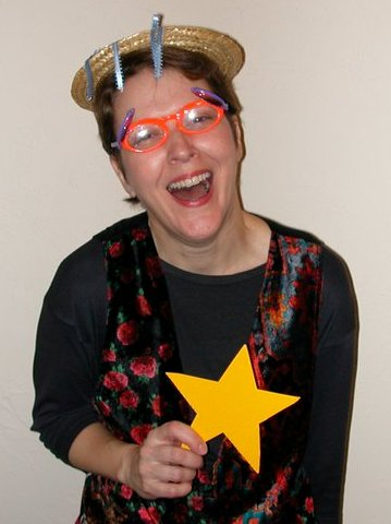 HeeHee with star, 2004