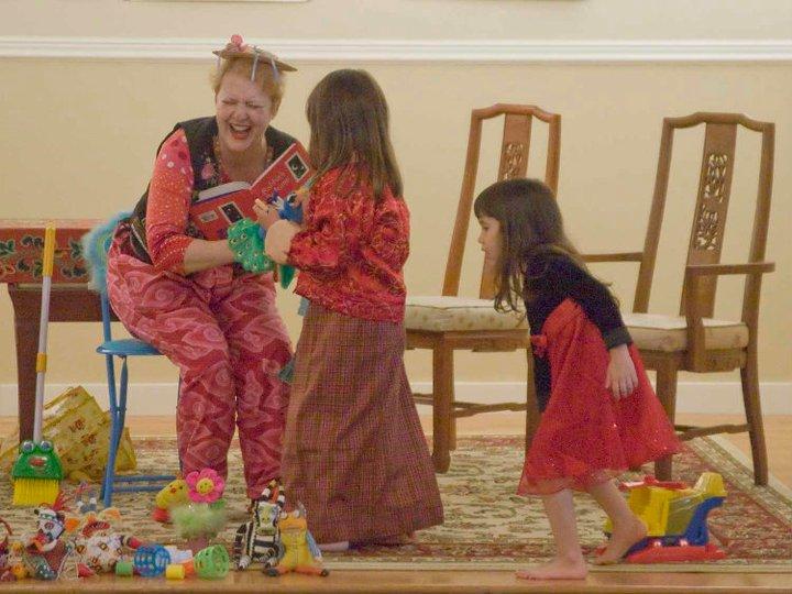 MeeMee HeeHee with kids, 2011