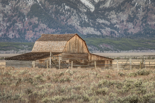 Mormon Barn-1.jpg