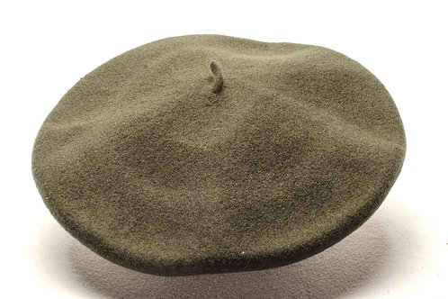 Wool beret on different colours. BOI 02