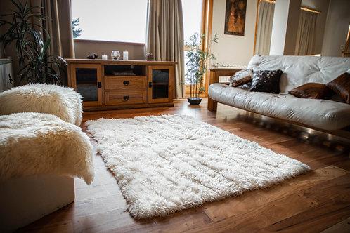 White Sheepskin Rug .ALF 04