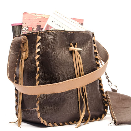 Brown leather handbag with fringes, and coin purse. BOLS 02