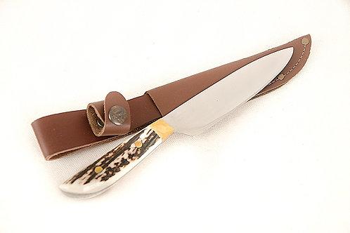 2 pins' stag horn knife. CUCH 08