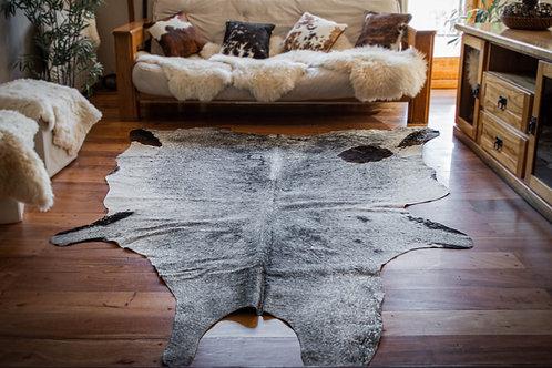 """""""Grey"""" Short hair cowhide rug. CUE 02E"""