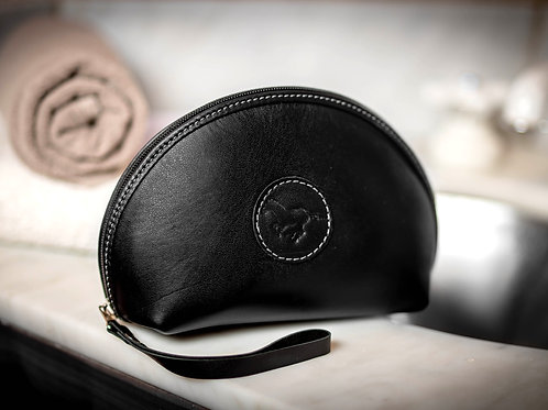 Black cosmetic case. COS 03