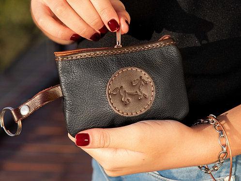 Black coin purse. MON 03
