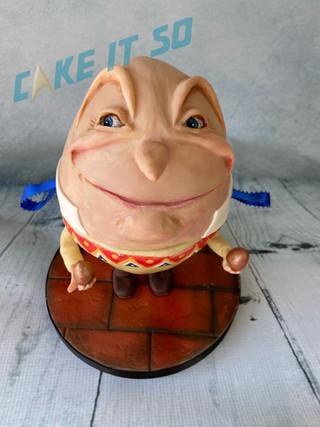 humpty dumpty egg cake.jpg