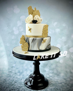 honey bee black gold weddng cake 1.jpg