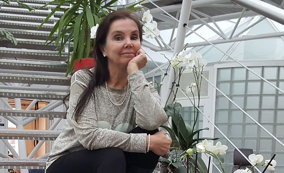 Sarita_Alanko_VENYY_Silverplus.jpg