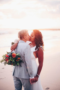 Sunset kiss to bride