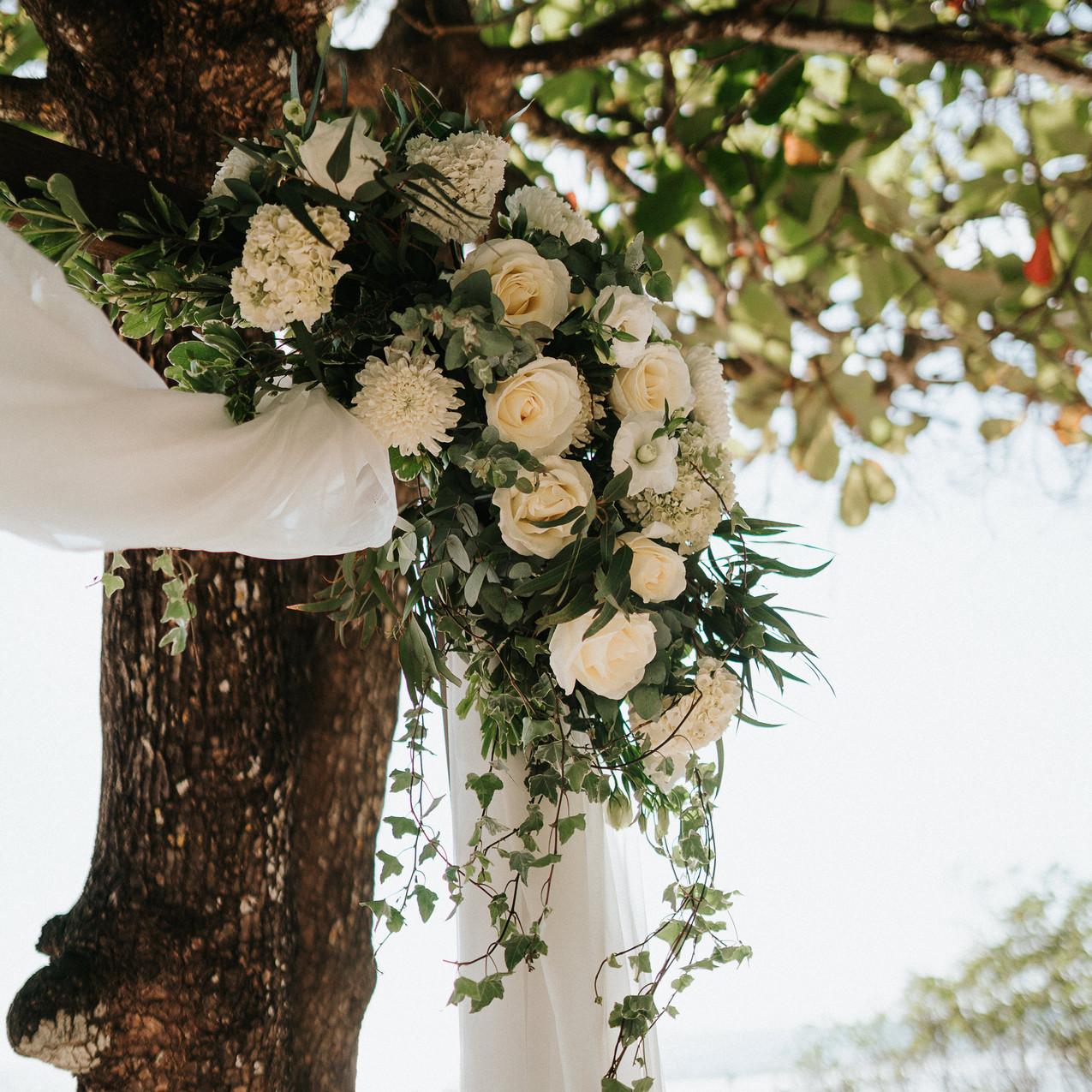 "alt=""Ceremony flowers details"""