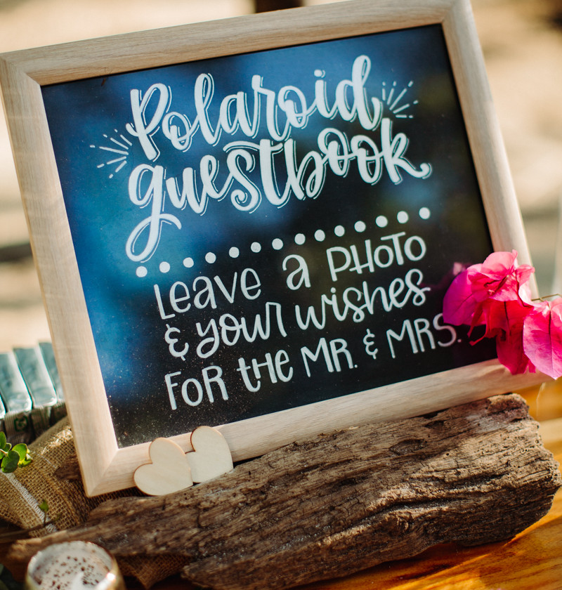 Wedding guestbook instructions