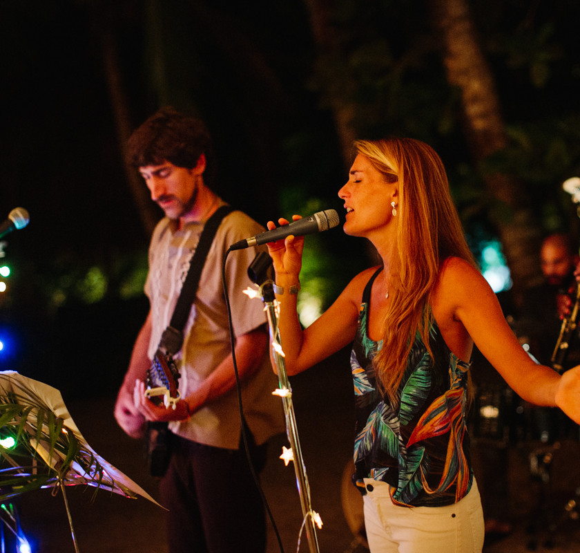 live music band at beach