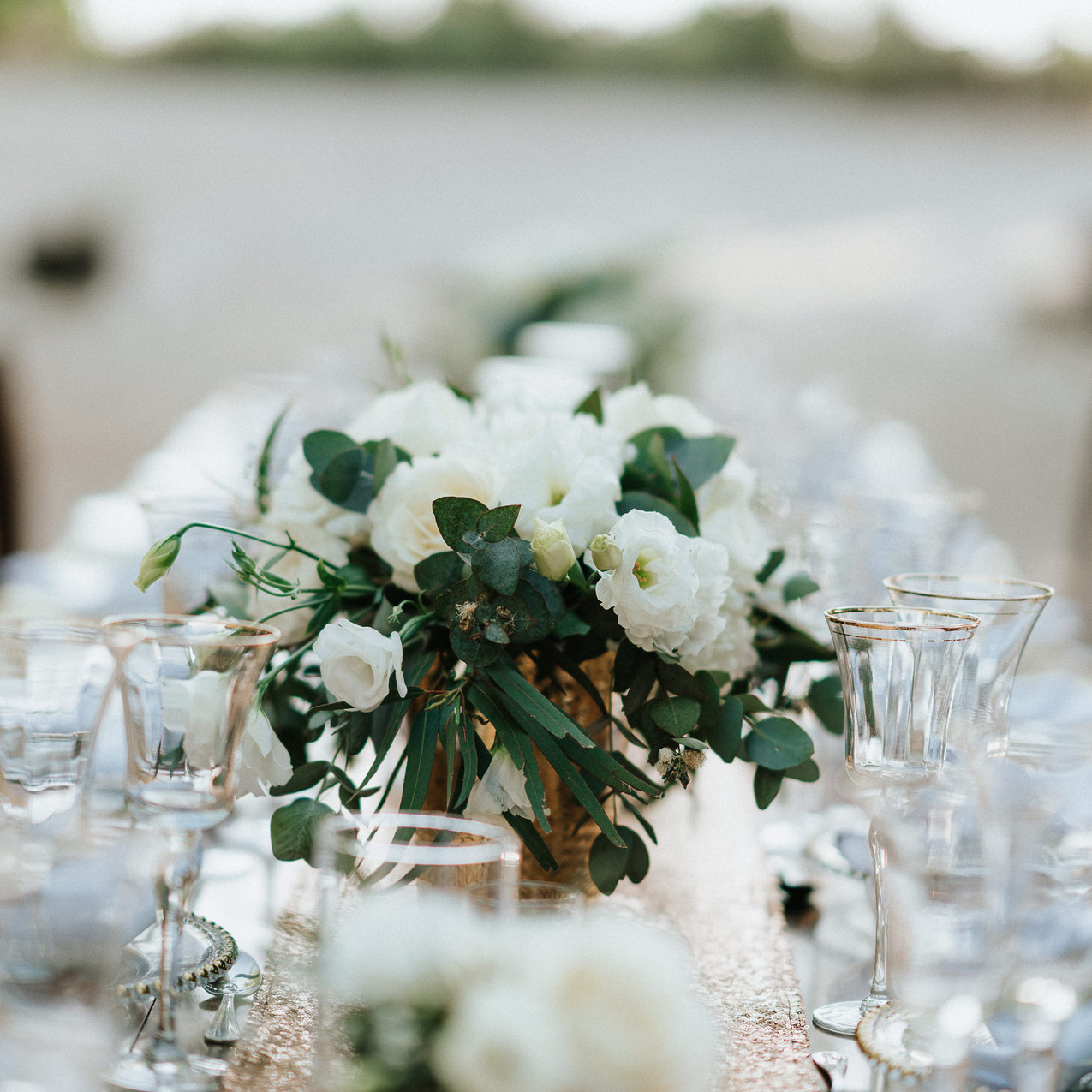 "alt=""wedding table decoration"""