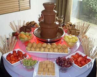 chocolate fountain[1].JPG