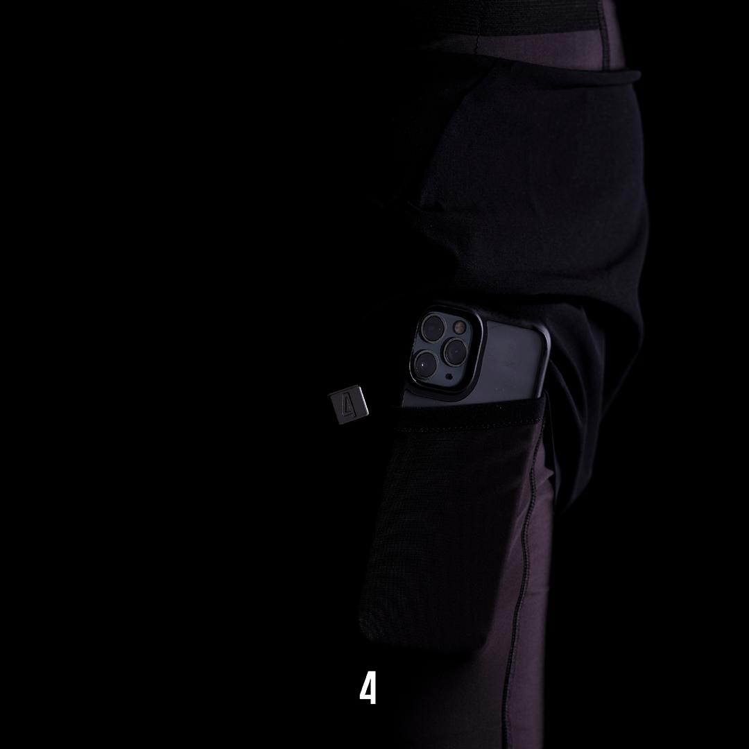 F4URCE Hidden side pockets
