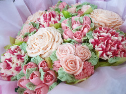 Cupcake bouquet by Celebrity Cakes