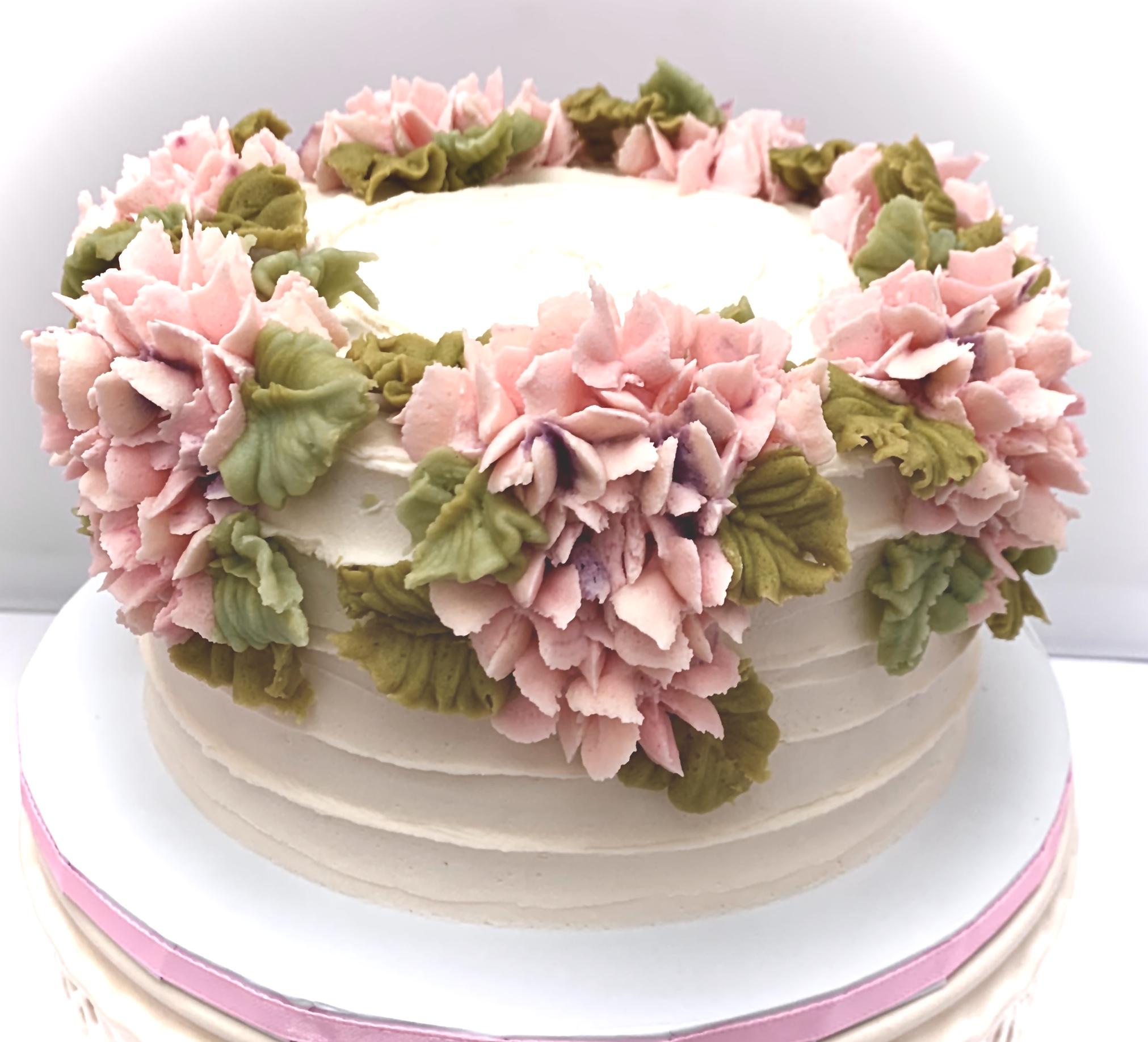 buttercream hydrangea floral cake