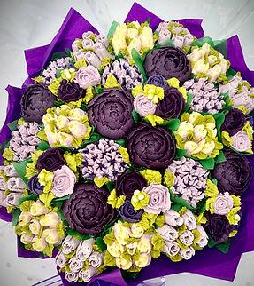 cupcake bouquet for 30.jpg