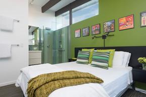 Bedroom 5- Green