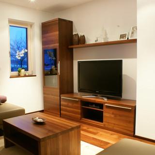 Nußbaum Wohnzimmer - Wand