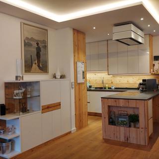 Offener Raum Küche zu Wohnzimmer und Esszimmer