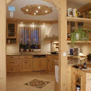Einbau Küche Fichte klassisch mit Eckbank