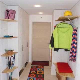 Garderobe Fichte weiß gebeizt mit Altholz