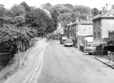 The History of the Bonchurch in Old Picture Postcards