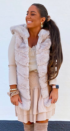 Faux fur vest i beige