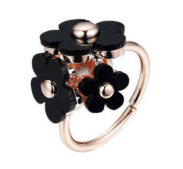 Blomster ring i sort