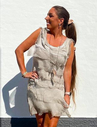 Silke kjole med layer - beige