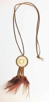 Fjerhalskæde - drømmefanger - beige