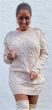 Kjole i strik med perler - beige