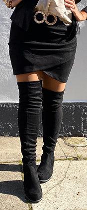 Suede nederdel -sort