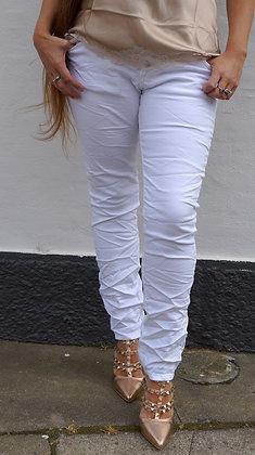 Hvid buks med stræk