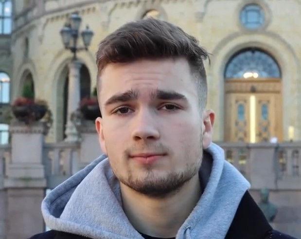 - Jon Helgheim påstår at det er feil å la Mustafa bli i Norge. Uttalelsene hans gir ikke mening
