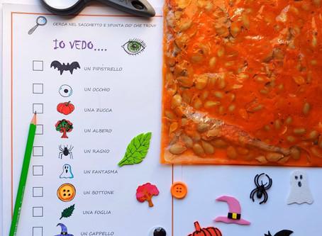 Io vedo...sacchetto sensoriale per una divertente caccia alle parole di Halloween