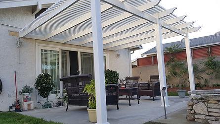 White vinyl patio cover picket op