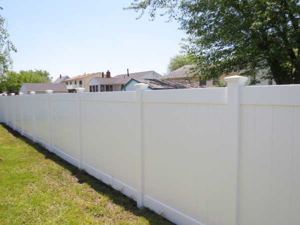 vinyl privacy fence in torrance