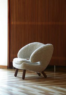 House of Finn Juhl Pelican Chair.jpg