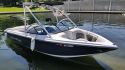 Supra 21v Luxury Wake Boat / Rate: $650