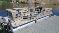 22' Pontoon Sunsation