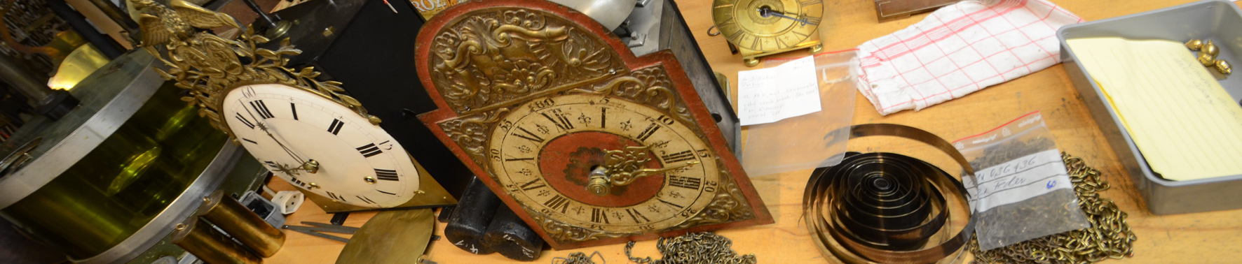 Uhren Arbeitsmaterial